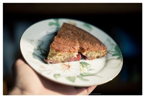 Karnemelk cake met aardbeien