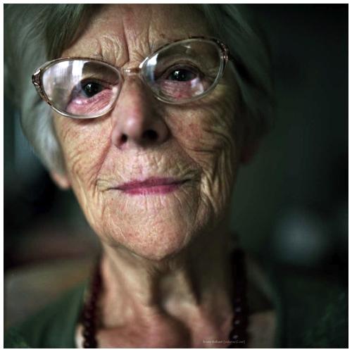 Tante Maria, mét bril