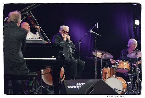Toots Thielemans Quartet door Bruno Bollaert