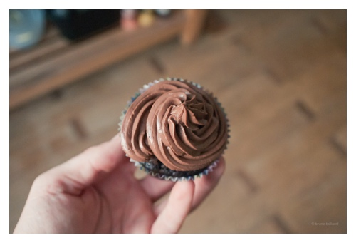 Vegan chocolate cupcakes door Bruno Bollaert