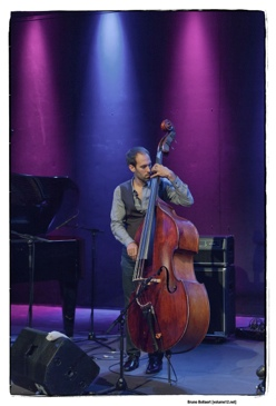 Haggai Cohen Milo - World Trio door Bruno Bollaert