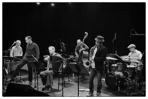 Een heleboel jazz door Bruno Bollaert